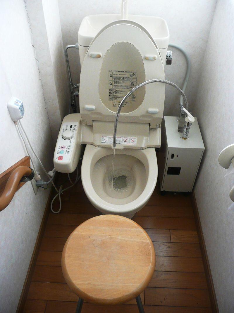 トイレ 009