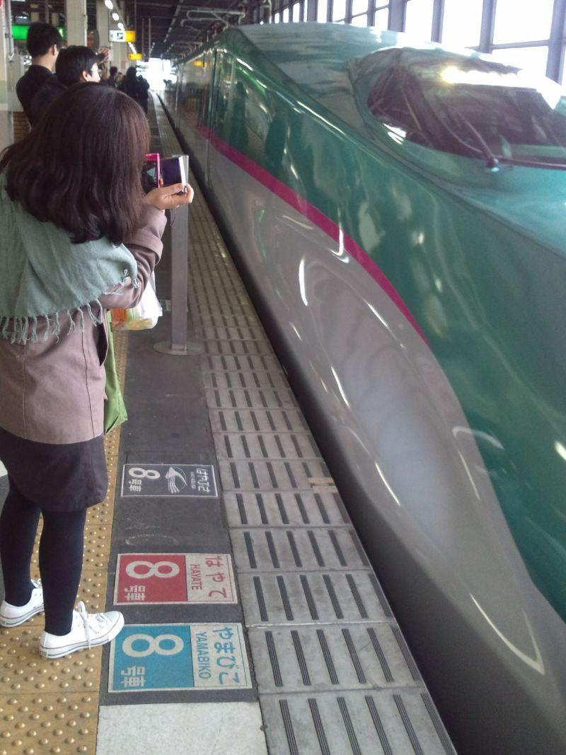 はやぶさ東北新幹線全線開通 001