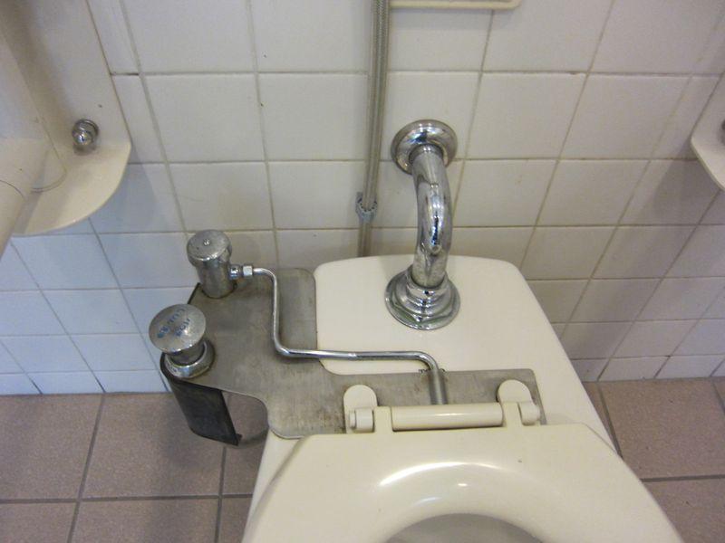 22年11月トイレ 003